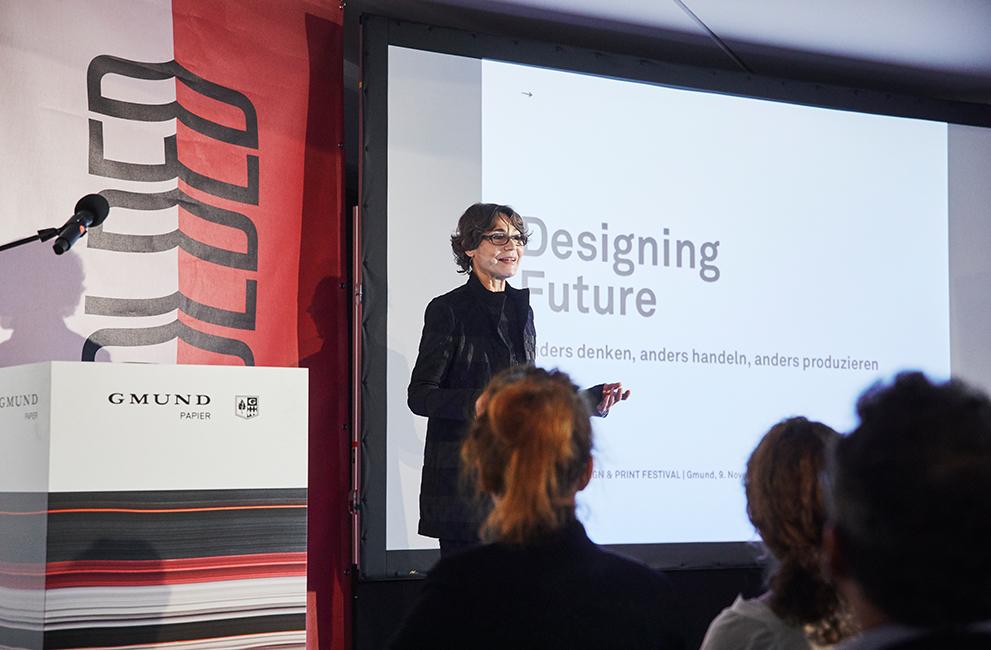 Uli Mayer-Johanssen beim ersten Design- und Printfestival von Gmund Papier UNFOLDED